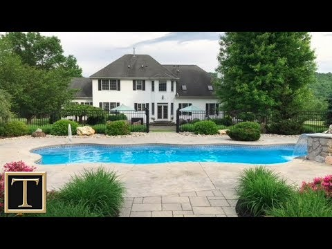 4 Pheasant Ct, Lebanon Twp - Real Estate Homes for Sale