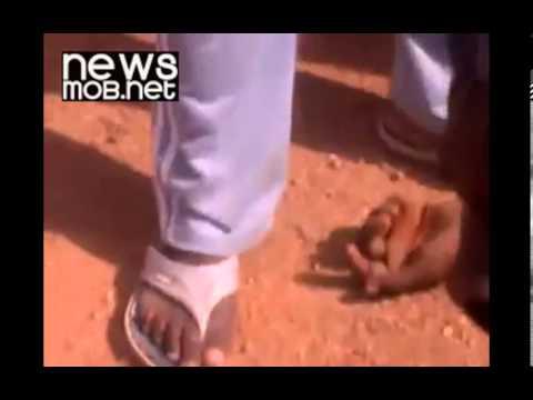 Sudan - Omar al-Bashir firing on protesters October 2013