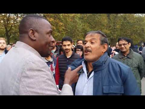 Egyptian Muslim Attacked Man of God - Speakers Corner Hyde Park London 30-10-16.