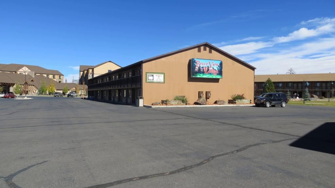bryce view lodge hotel in bryce canyon city utah. Black Bedroom Furniture Sets. Home Design Ideas