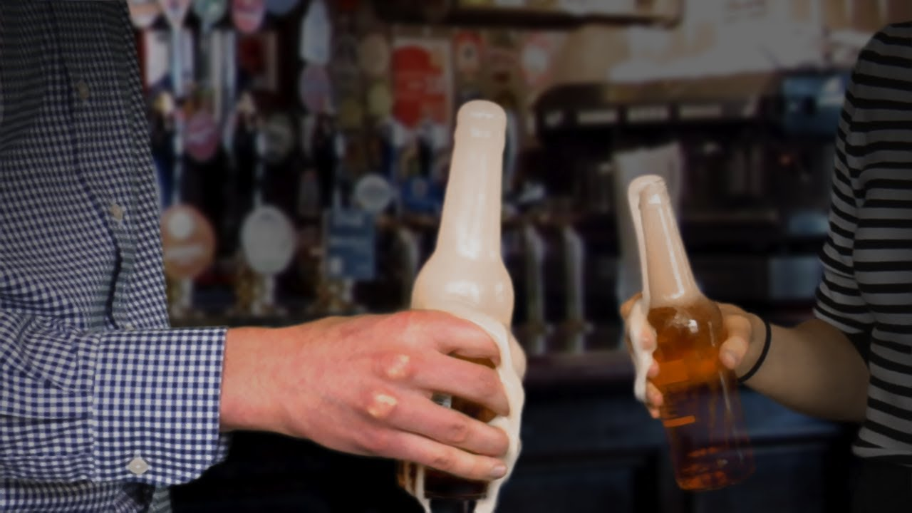 Why Does Bonking Beer Bottles Create Foam Instant Egghead 66 Champagne Body Youtube