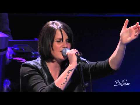 Amanda Cook feat William Matthews - Closer - From A Bethel TV Worship Set