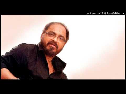 Aarodum Mindaathe Mizhikalil Nokkathe.....(Preetha Madhu)
