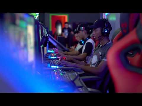E-BLUE Glitch Gaming Center (El Paso, TX)