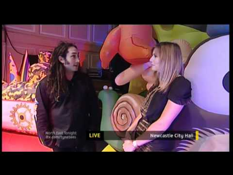 ROSS NOBLE ON ITV TYNE TEES WITH PHILIPPA TOMSON
