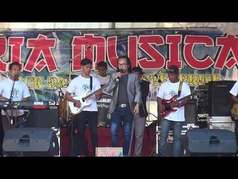 TEMBANG TRESNO ARYA S. LIVE KALI BATUR KALI DAWIR RIA MUSICA TULUNGAGUNG
