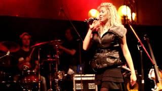 N.O.H.A. - Tu cafe (Live Praga 2011) [720p]