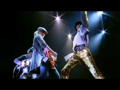 Michael Jackson This Is It Official Movie Trailer MTV Video Music Awards (widescreen)  2009
