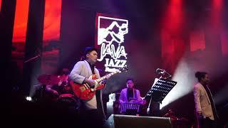 Kala Cinta Menggoda - Pusakata (Mohammad Istiqomah Djamad) Live in Java Jazz Music Festival 2018