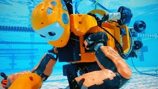 stanford s humanoid robot explores an abandoned shipwreck
