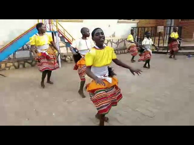 AGLOM Children's Home: Traditional Dance