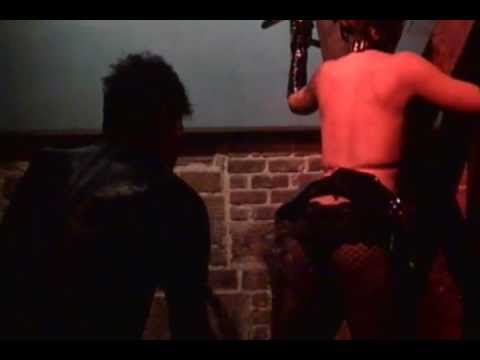 Burlesque by Daisy Badcock from Pussy Whipped WednesdaysKaynak: YouTube · Süre: 39 saniye