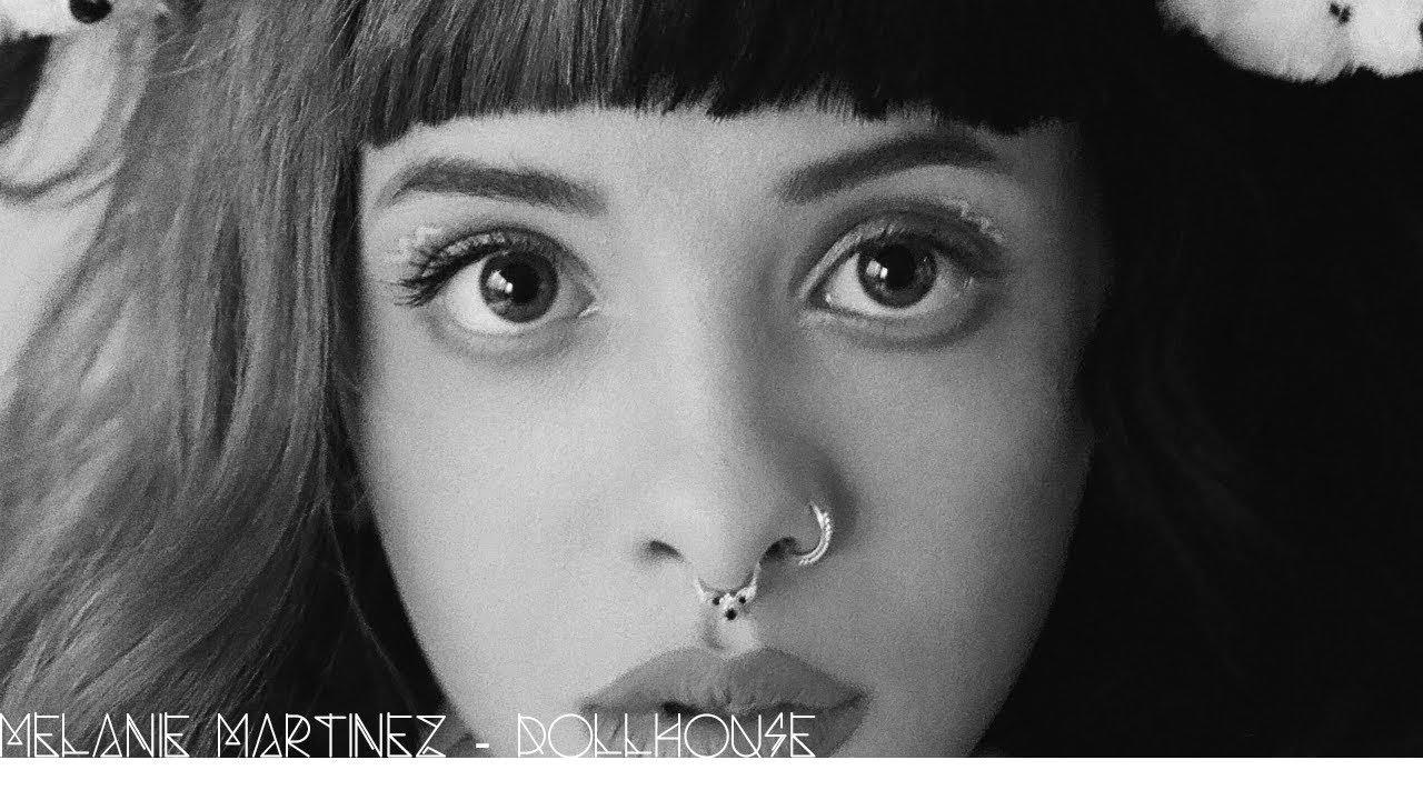 Melanie Martinez Dollhouse Lyricstraduzione Youtube