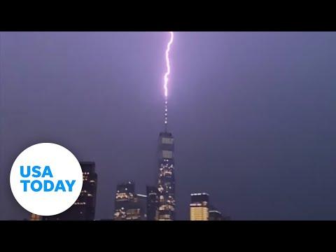Paris to New York: 7 incredible lightning strikes on landmarks | USA TODAY
