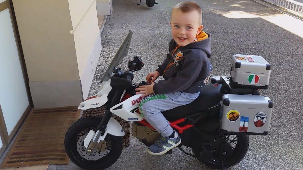 Peg perego ducati moto polaris ranger supermoto moto for Cucinare per bambini 7 anni