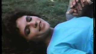 Clio Goldsmith Pregnant