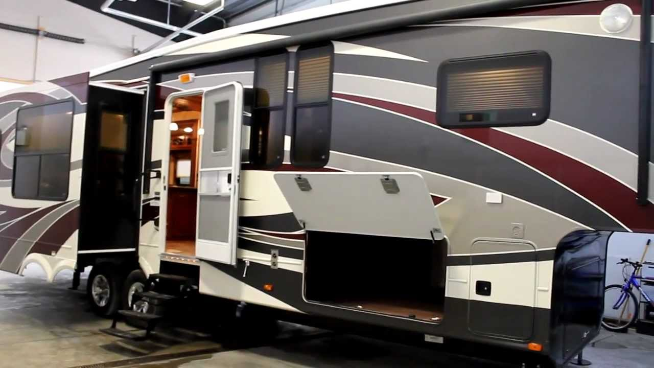 5Th Wheel Campers >> 2012 Alpine 3500 full body paint review - YouTube