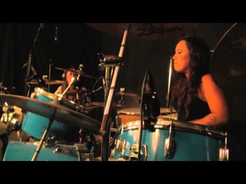 Val & Fer - Made in Chile (female drummers duet)