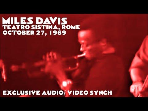 Miles Davis- October 27, 1969 Teatro Sistina, Rome [Special audio/ video synch]