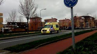 A1 Ambulance 10-105 met spoed naar de Buitenroede Avenhorn!
