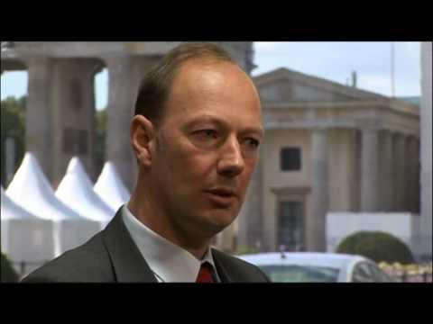 Martin Sonneborn (Die PARTEI) Eklat bei TV Duell mit Matthias Matussek (DKP)
