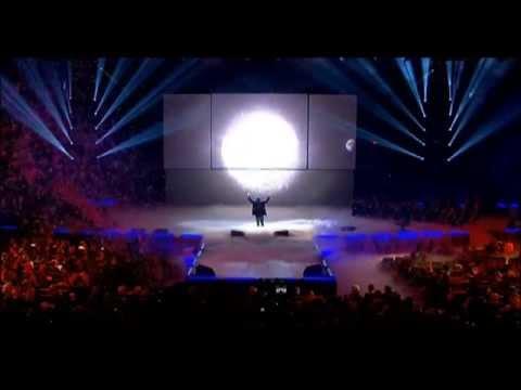 Orelsan « La terre est ronde » Les Victoires de la Musique 2012