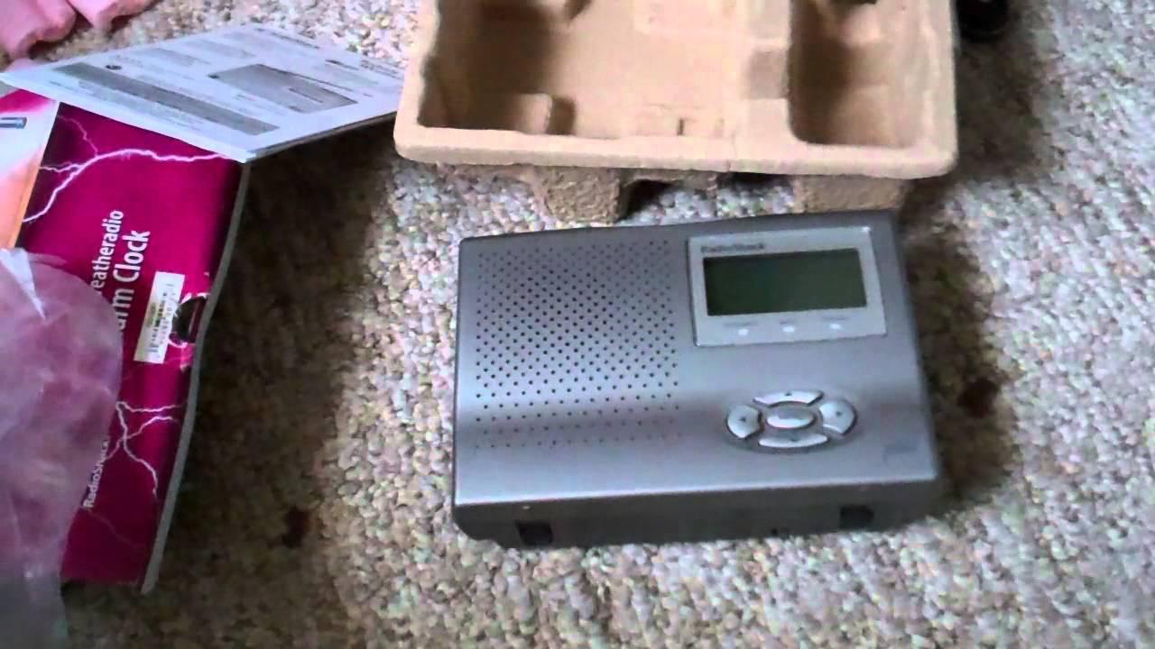 unboxing setup of the radioshack 12 261 youtube rh youtube com radio shack weather radio manual 12-261 Best Weather Alert Radio