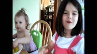 Alexia et Dahlia (été 2010).avi