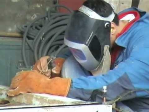 Fabrication grue asurekazani for Fabrication presse hydraulique maison
