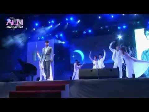 Dem Trang Tinh Yeu Live Show Ky Uc  Nam Am Nhac