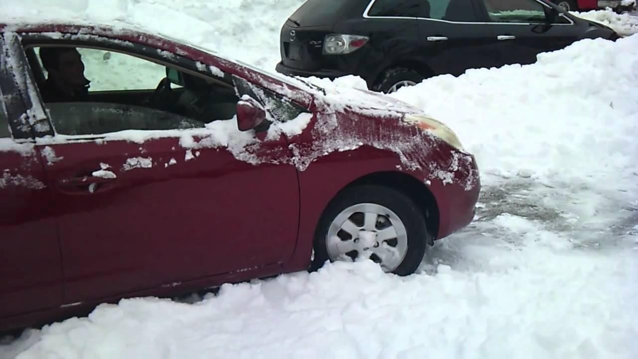 Prius Versus Snow