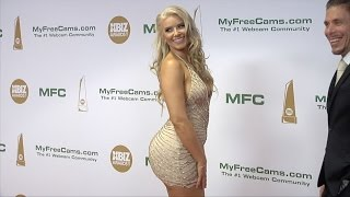 Anikka Albrite XBIZ Awards 2017 Red Carpet Fashion
