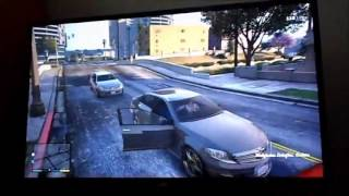 Grand Theft Auto V - 8 minutes Gameplay