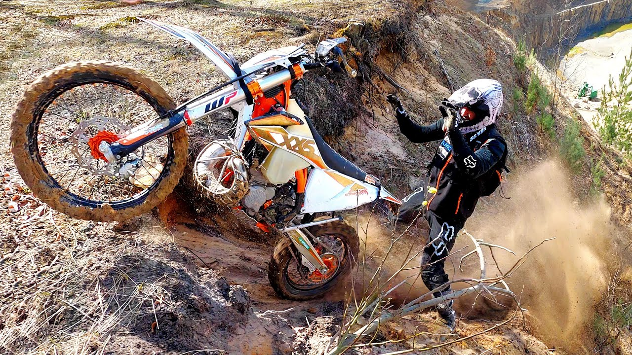 Dirt Bikers - Freedom Fighters