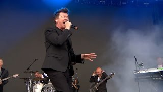 Rick Astley Never Gonna Give You Up Live V Festival 2016 Interview, HD.mp3