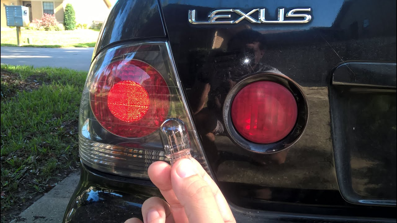 Lexus Is300 Tail Light Out Indicator Replacing Brake Bulb