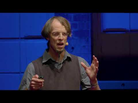 Aliens are everywhere | Marten Winter | TEDxHHL