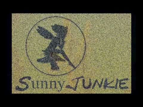 SunnyJunkie : This restless