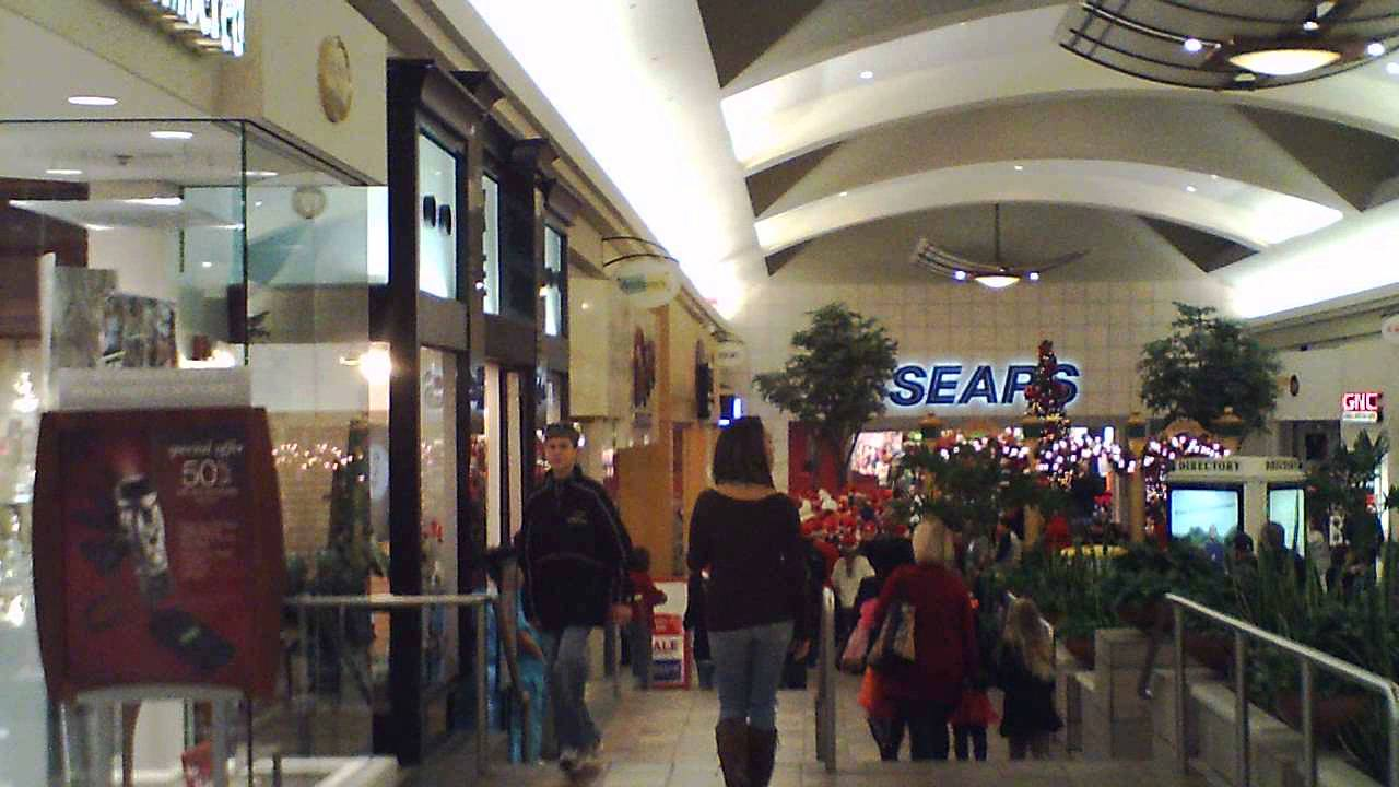 View mall directory info for Oxmoor Center in Louisville, KY – including stores, hours of operation, phone numbers, and more.