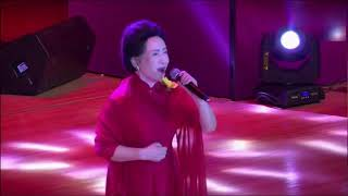 """78岁歌唱家贠恩凤被撞骨折 病床上呼吁""""车让人"""""""