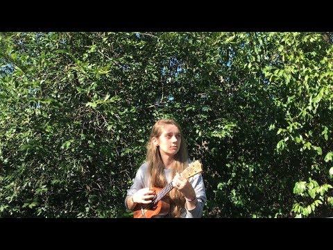 I opened a ukulele box and covered The Clash (THANK U BONDI UKULELES)