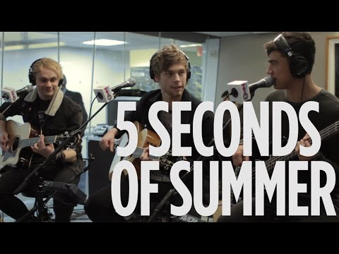 """5 Seconds Of Summer """"Hey Everybody!"""" Live @ SiriusXM // Hits 1"""