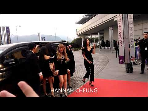 [2017 MAMA in Hong Kong] Outdoor Red Carpet with Red Velvet