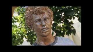 Napoleon Dynamite Statue Dedication: Unveil to Celebrate Fox Searchlight 20th Anniversary
