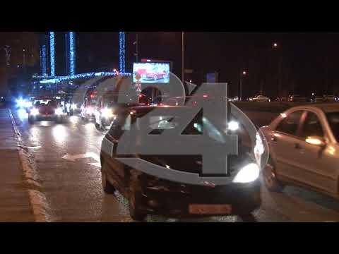 """Ексклузивно видео: Никола Груевски со своето """"Пунто"""" во протестниот конвој  21 12 17"""