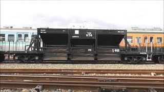 線路に砂利を撒く貨車「ホキ800形」配給後、廃車置き場に留置される!2018.12.20 JR長野総合車両センター  光panasd 1090