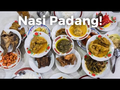 Nasi Padang - AMAZING Indonesian Food - Beef Rendang and Gulai Otak!