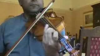 sandhye kanneerithenthe  malayalam song  on violin by ayoub