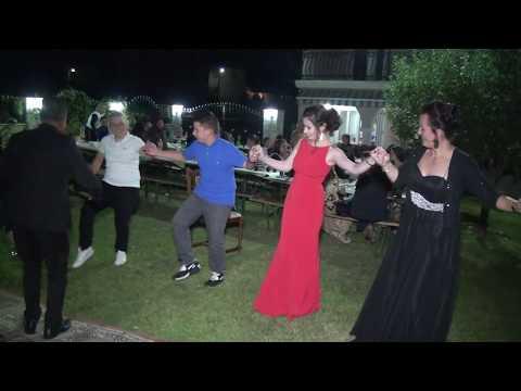 Vallja shqiptare e gajdes  Kercove Albanian Dance