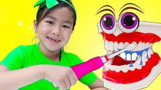 Brush Your Teeth Song | Jannie Pretend Play to This is The Way Nursery Rhymes Kids Songs
